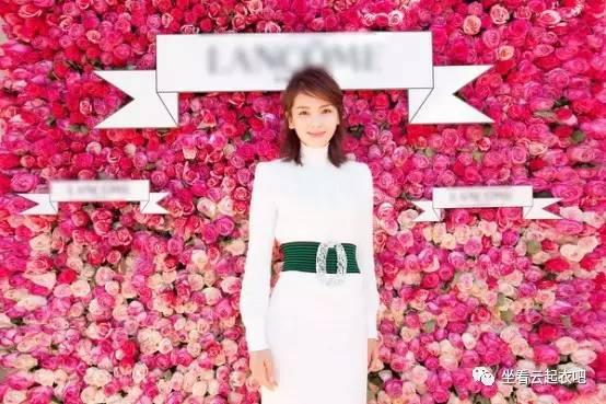 刘涛出席兰蔻晚宴烈焰红唇御姐范 风格偶像 图15