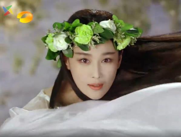 张馨予新剧造型cos刘亦菲,两大美人谁是你的菜 服饰潮流 图3