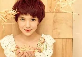 年轻10岁就靠这一刀!剪成短发的女神都美炸了! 美容护肤 图11