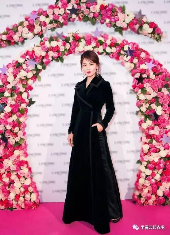 刘涛出席兰蔻晚宴烈焰红唇御姐范 风格偶像 图11