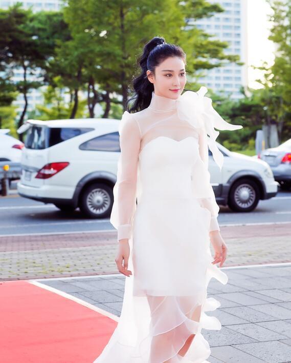 张馨予新剧造型cos刘亦菲,两大美人谁是你的菜 服饰潮流 图7