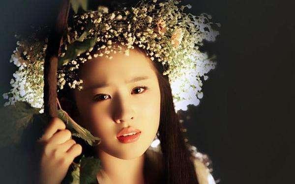 张馨予新剧造型cos刘亦菲,两大美人谁是你的菜 服饰潮流 图4
