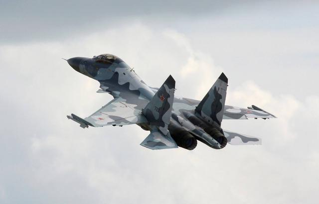 2019世界战机排行_美解禁F 22战机派往中国后院 先进战机扎堆冲绳