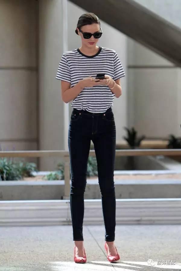 穿衣搭配|经典百搭的短袖T恤+九分裤 时尚潮流 第33张