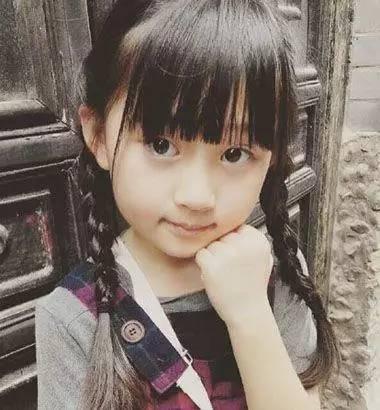 9款小女孩美美的编发发型,心情也美美的图片