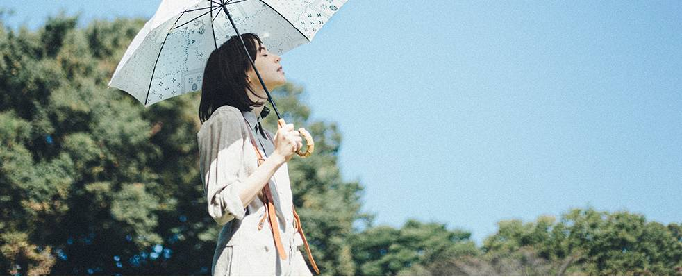 下雨天的少女心,只需要一把伞