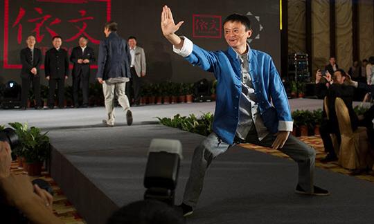 """马云谈徐晓东事件:这是一场""""秀"""",竟然有人生气了"""