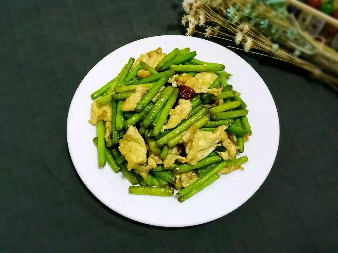 蒜薹和一般只是一样饺子在饺子馅的v蒜薹上使用了鸡蛋,问题当然,也食品安全夏季做法图片