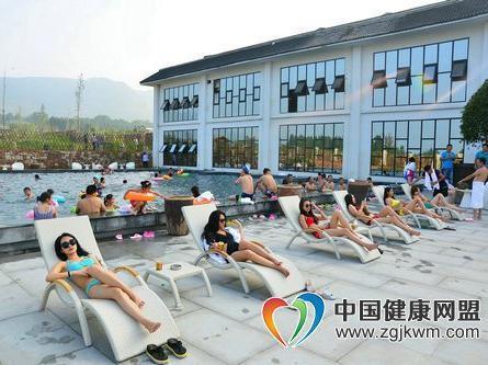 全国百家网络媒体河南行活动在启封故园隆重举行