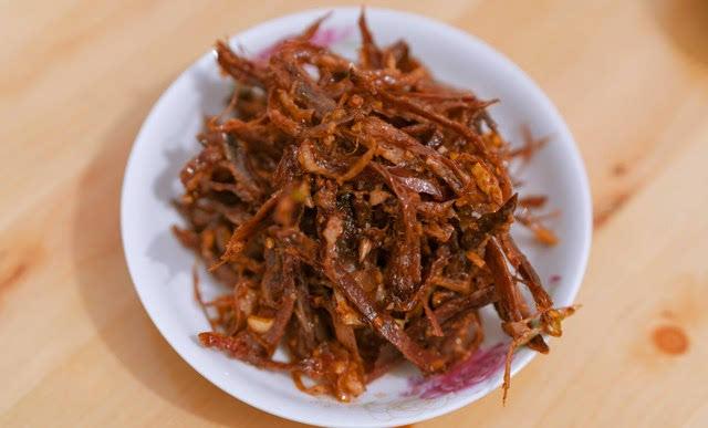 陈长生猪头肉蘸红油就小确幸了 如果他到这里转转吃了这些美味会咋样? - 勒克儿 - 党青博客