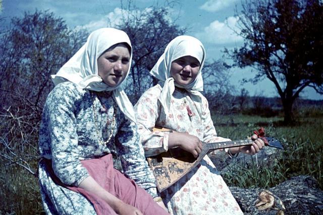 老照片:德军入侵下的苏联村庄