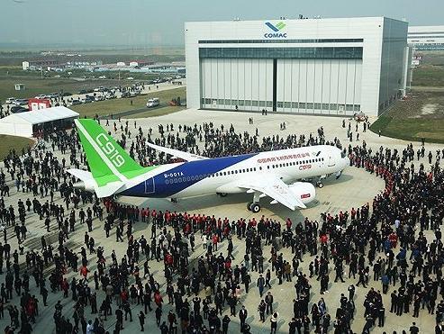 C919圆满首飞万亿航空产业盛宴开启