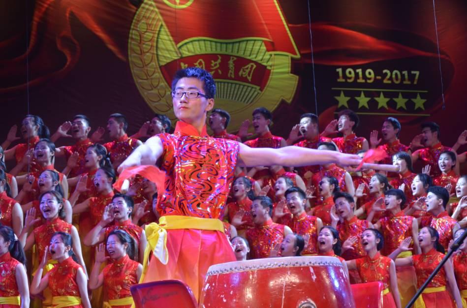 《我的中国心》 外国语学院 外国语学院 《校歌》,《众人划桨开大船