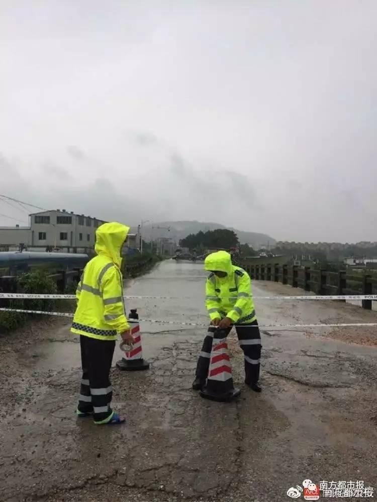 强降雨导致广州花都一处堤围决口 增城部分地方将现十年一遇洪水图片