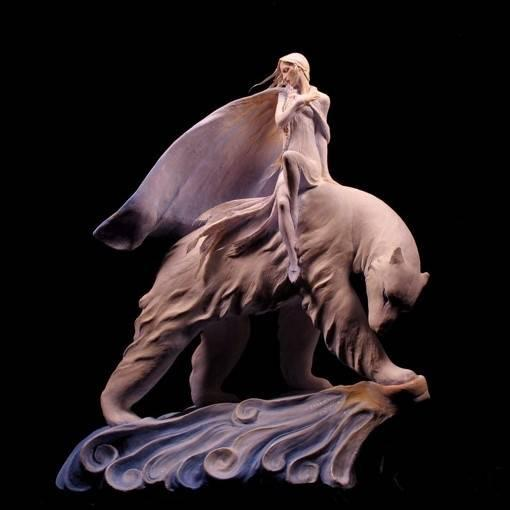 美女与野兽国外超写实魔幻人物雕塑