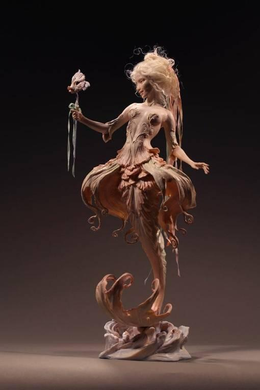 美人鱼国外超写实魔幻人物雕塑
