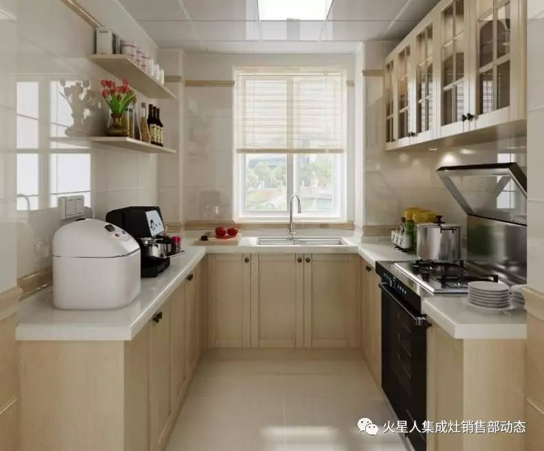 较适合正方形厨房,不仅能增加储物空间,也能增强厨房整体空间感.