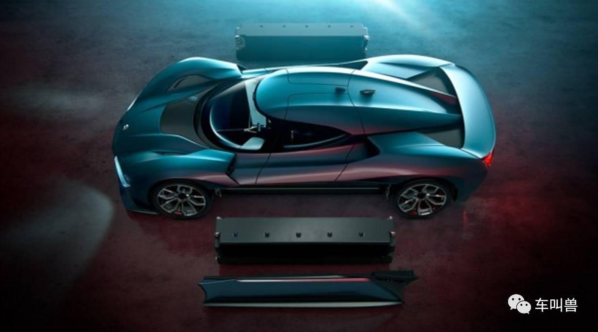 其次是底盘结构,ep9采用了推杆式的悬架结构,这基本就是一台赛车标准