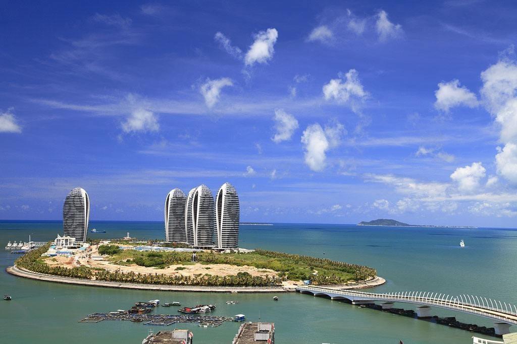 旅游经济总量大_2015中国年经济总量