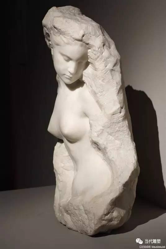 汉白玉裸体人体雕塑半身像2