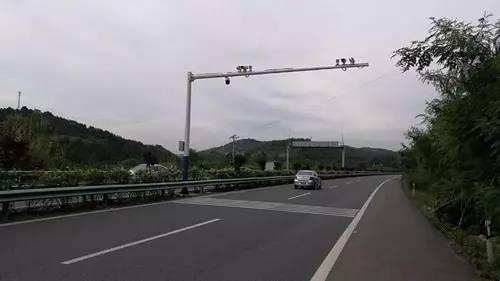 成德南高速公路二大队负责人告诉记者,5月7日零时,高速交警正式接