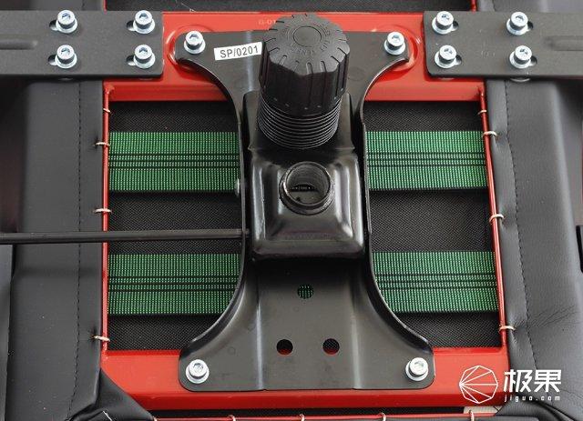 rn2 背部发光版 底部气压棒安装孔图片