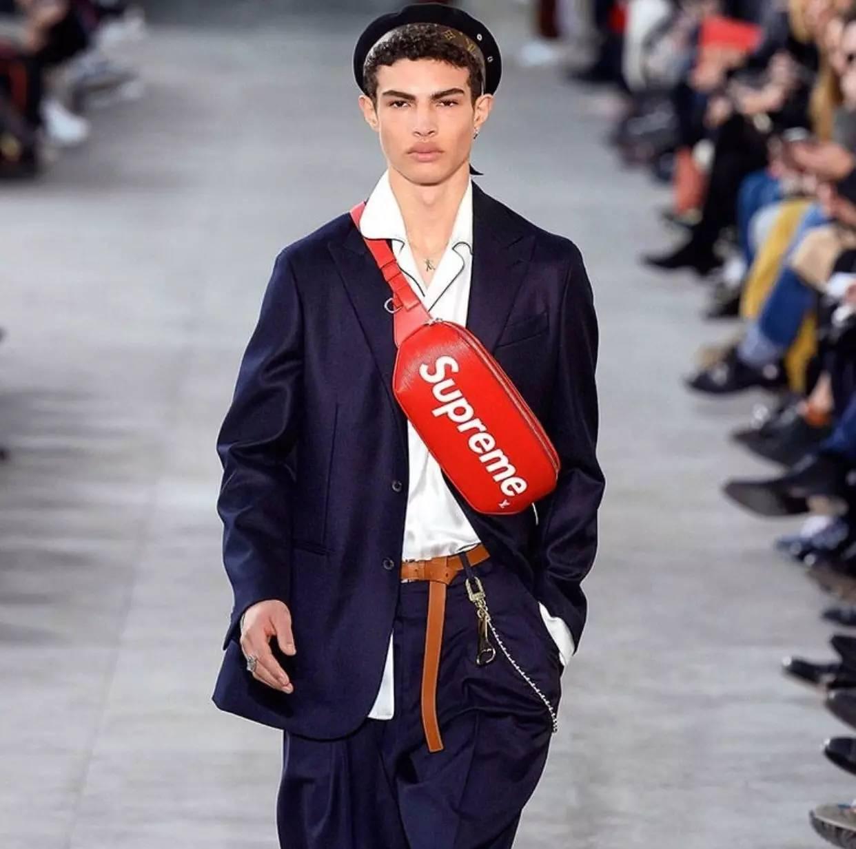 男人背小包真的就很娘吗?男士也很流行背小包 男士时尚 图27