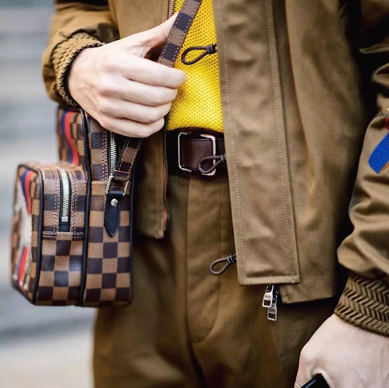 男人背小包真的就很娘吗?男士也很流行背小包 男士时尚 图13
