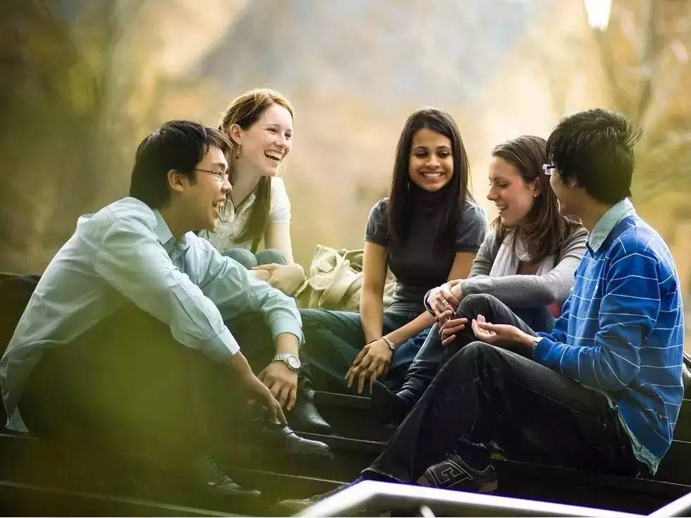 少数民族留学生在海外留学是一种