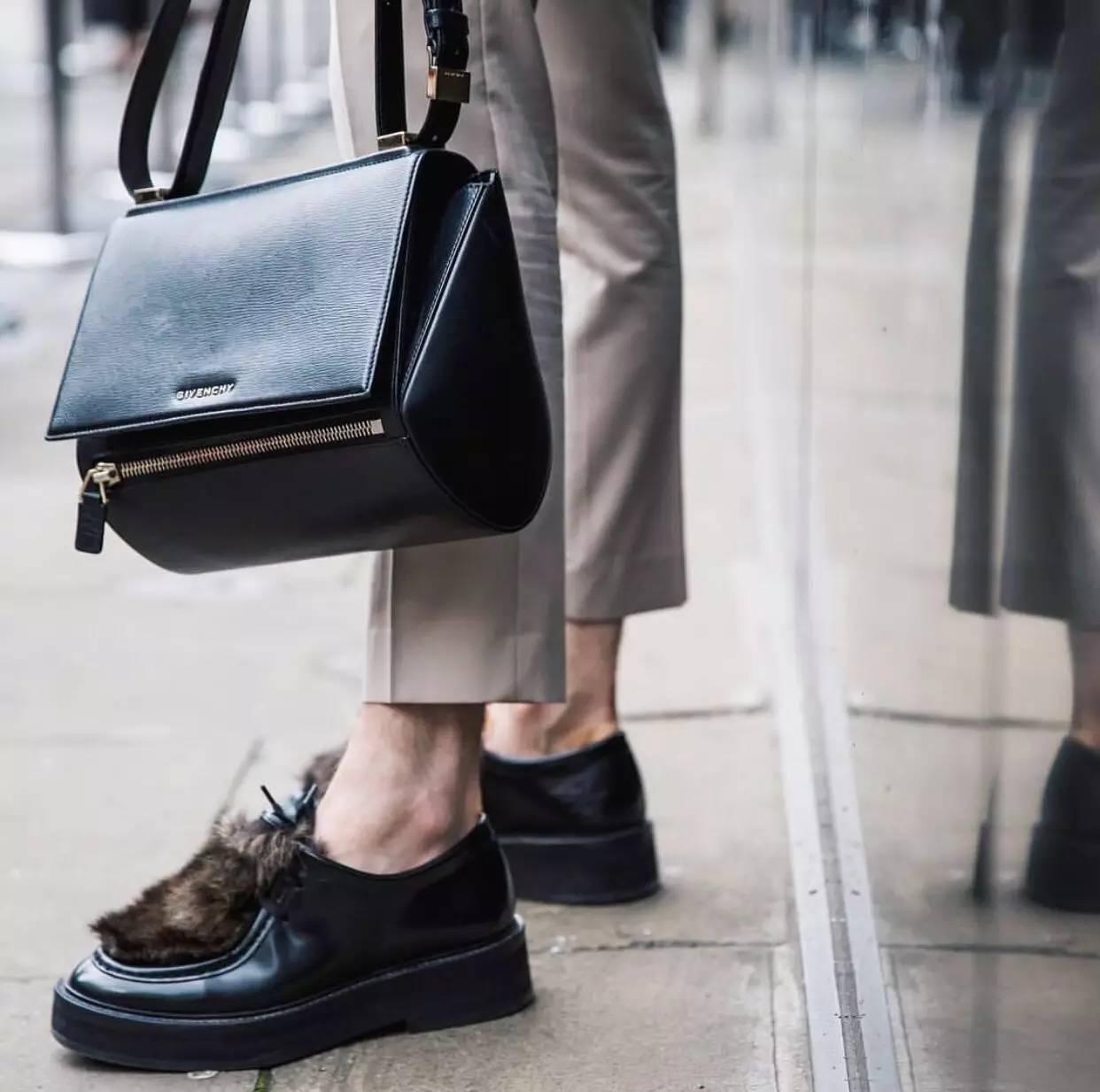 男人背小包真的就很娘吗?男士也很流行背小包 男士时尚 图21