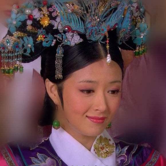 蒋欣古装合集,16岁扮相虎背熊腰,最美不是华妃!