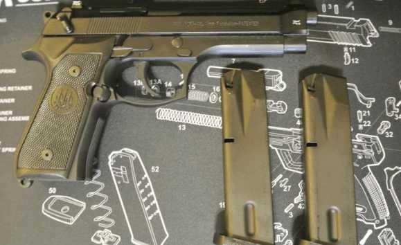 后仓击锤_加上如德国瓦尔特ppk那样的上保险时击锤自动回位的装置.
