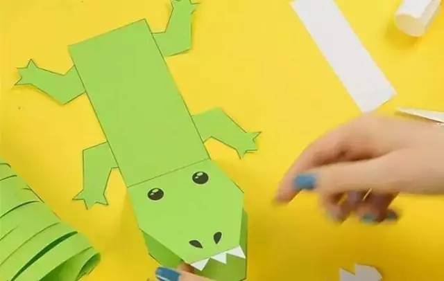 14款卡纸条手工制作,幼儿手工课一起玩!老师你动手了