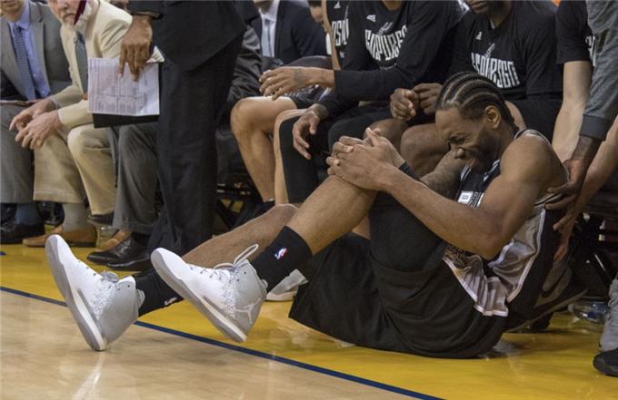 """此刻我们都是NBA马刺球迷,更是""""卡哇伊""""粉丝!"""