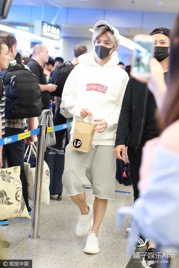 鹿晗低调现身机场,穿的全是抢不到的联名爆款啊! 男士时尚 图2