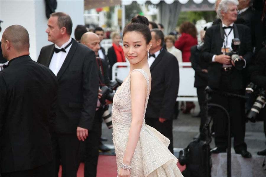 刘亦菲在2016戛纳电影节开幕红毯北京电影学院导演系有多少人图片