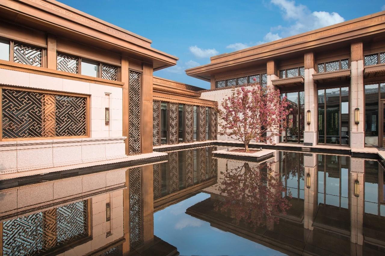 细节四:棠颂别墅的中庭水院图片