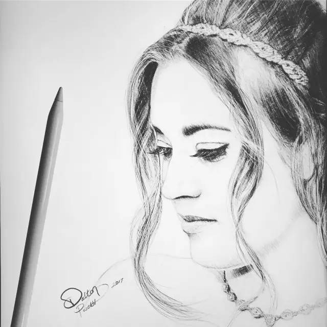黑白手绘丨令人呼吸困难的唯美肖像图片
