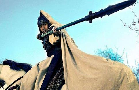 袁绍麾下猛将,赵云都打不赢他,不料轻易被杀