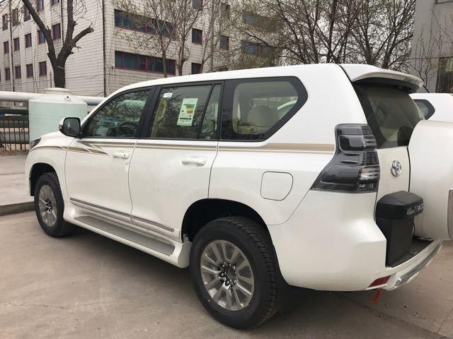 17款丰田霸道2700国庆现车持续促销低价优惠