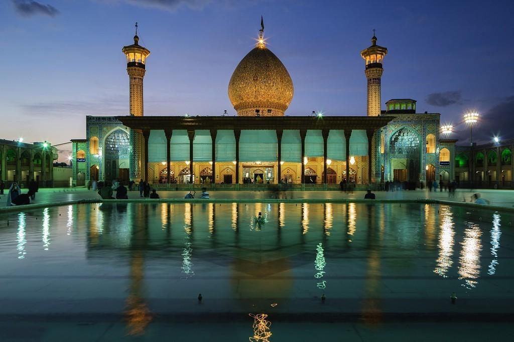玫瑰与夜莺之城,看尽伊斯兰的清与真小美v玫瑰蛤蜊图片