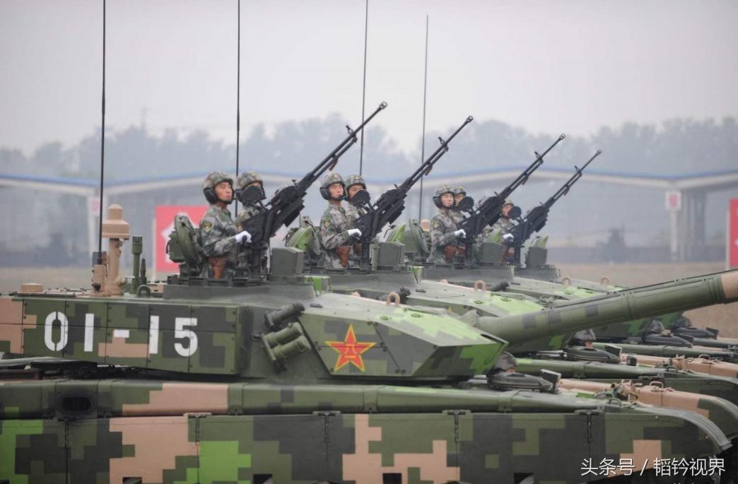 中国陆军陆战之王,99式主战坦克霸气侧漏,已跻身世界先进行列