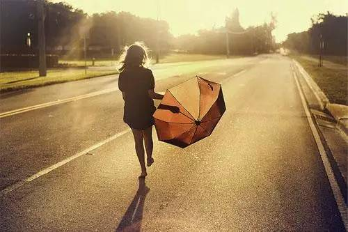 表达内心孤独伤感的说说心情句子带图片
