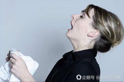 鼻息肉典型症状
