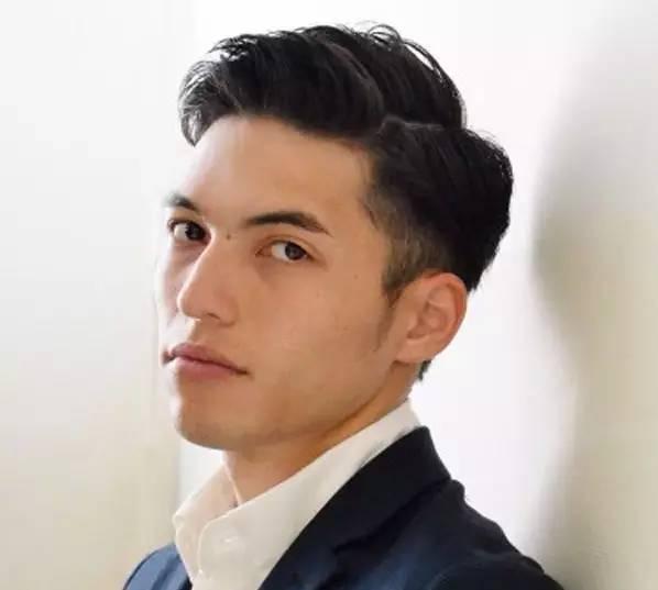 最潮职场男士发型 感觉专业又不减帅气图片