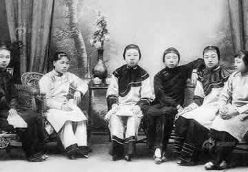 """清朝名妓赛金花其人,其保护北京备受争议"""""""