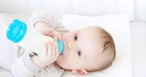 宝宝肠炎大便绿色