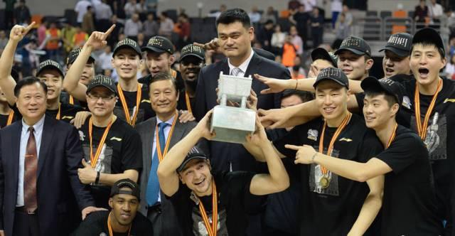 壕!为奖励新疆男篮CBA夺冠老板订购30台百万林肯已到位!