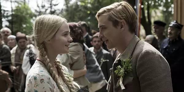 乌克兰淫乱电影_电影《沃伦》讲述波兰一个女孩爱上了一个乌克兰男孩