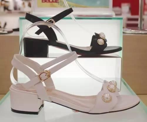 百丽 新款凉鞋推介
